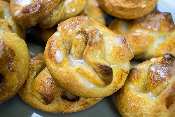 Soft Cinnamon Sugar Pretzel Bites, Free Cooking and BBQ Magazine