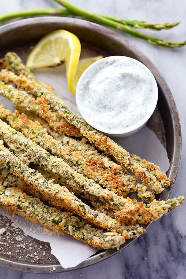 Parmesan Herb Asparagus Fries with Creamy Greek Yogurt Ranch