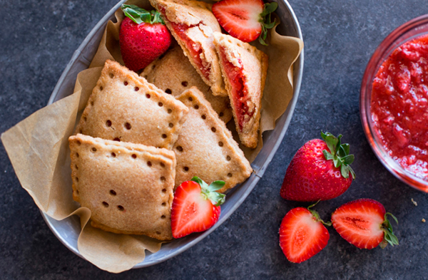Whole Wheat Strawberry Rhubarb Fruit Pockets