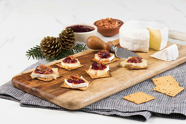food, appetizer, recipes, using, Bacon, Baked Brie and Cranberry Party Melt Recipe, Free Cooking and BBQ Magazine