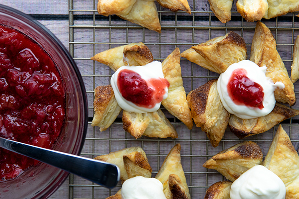 Ricotta Puff Pastries with Strawberry Compote, recipes, Free Cooking and BBQ Magazine